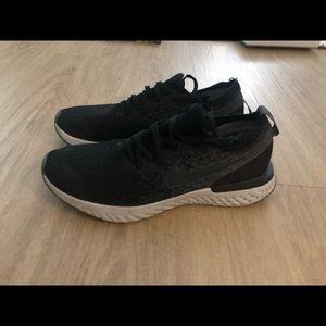 Nike Flyknit Freerun